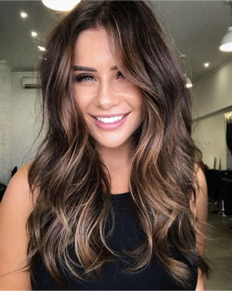 amazing shoulder length hairstyles   womens