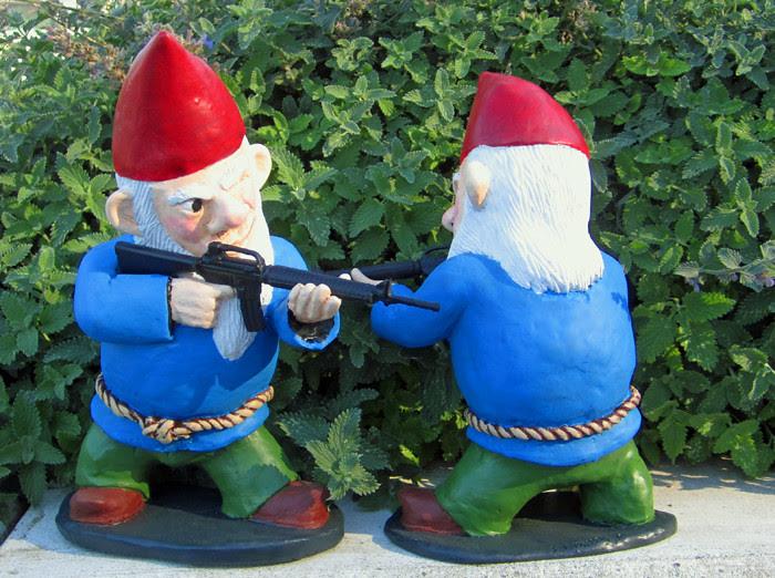 Combat Garden Gnomes 026