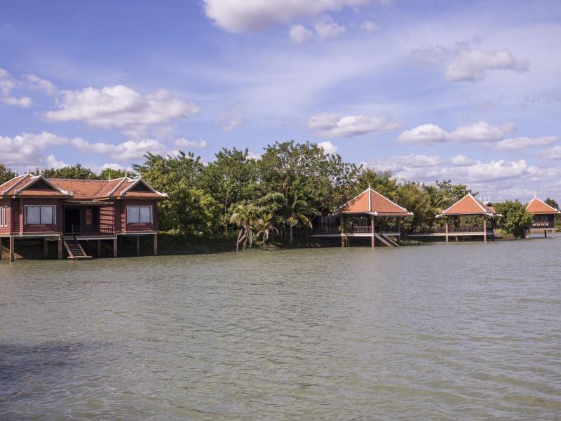 Romduol Island Chalet Reviews