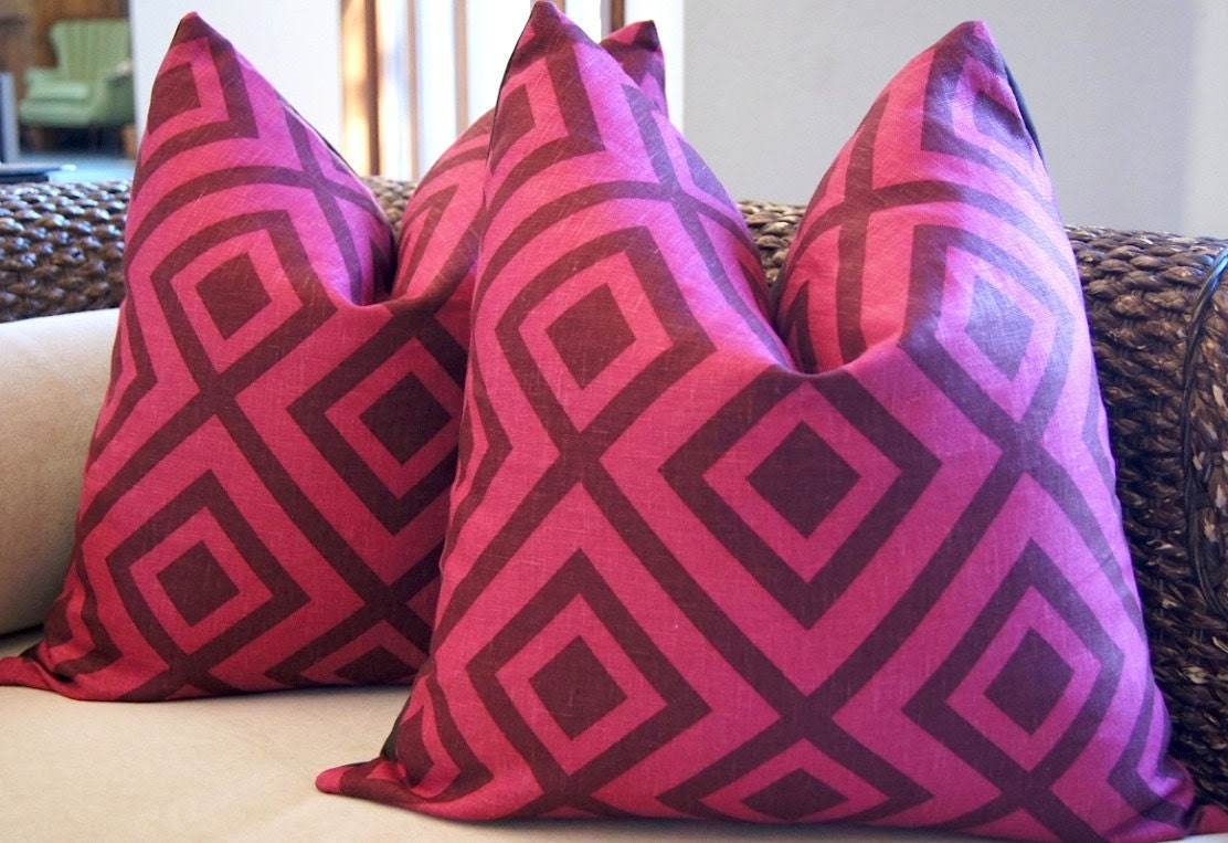 David Hicks La Fiorentina Groundworks Designer Pillow Wine & Magenta 20x20