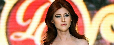 Russian ex-spy Anna Chapman walks a Turkish catwalk (AP)