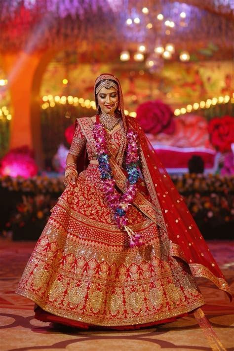 What are the best places to buy bridal wear in mumbai?   Quora