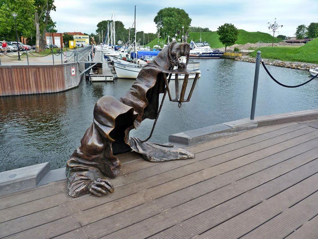 25 esculturas e estátuas criativas de todo o mundo 09