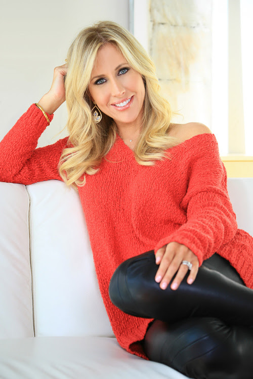 Emily Giffin (March 20th, 1972)