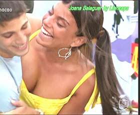Joana Balaguer sensual na serie Malhação