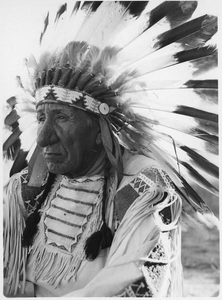 File:Red Cloud - NARA - 285554.tif