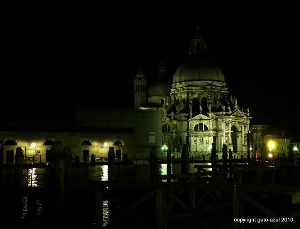 Venice - Salute By Night