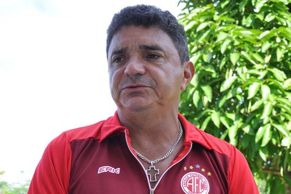 Flávio Araújo, técnico do América: Temos que repetir a mesma postura que estamos tendo nas últimas partidas. Vamos atrás de buscar a vitória nos 90 minutos e evitar os pênaltis