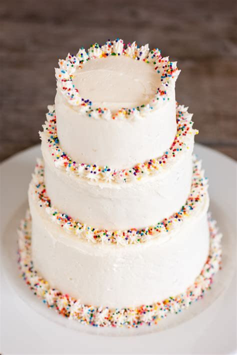 How to Pick your Wedding Cake Design   With Buttercream