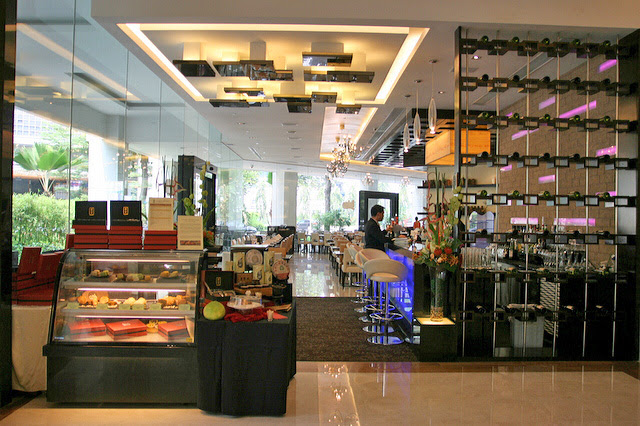 Brizo Restaurant offers all-day dining at Park Hotel Clark Quay