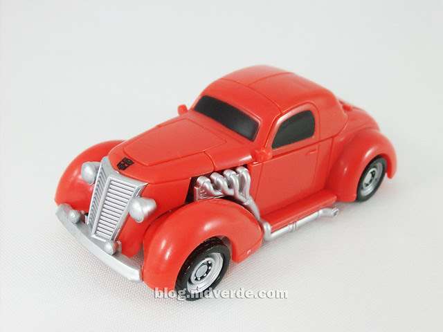 Transformers Hubcap Hunt for the Decepticons Scout - modo alterno