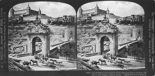 Fotografía estereoscópica del Puente de Alcántara de Toledo por H. C. White en 1908. Colección Luis Alba