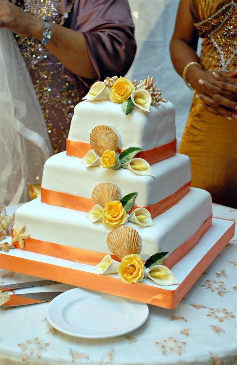 Wedding Cakes from Helen G Events   Helen G Events Jamaica