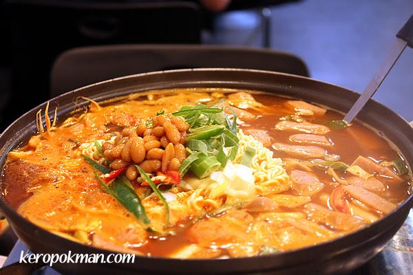 Spicy Kimchi Hotpot
