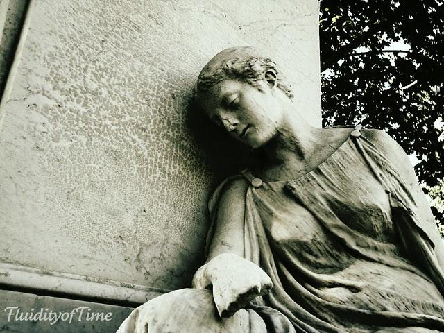 Pabst memorial-figure closeup