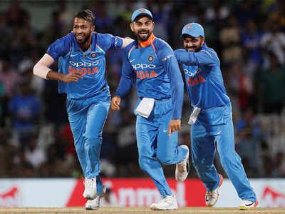 Hardik Pandya, Virat Kohli and Kedar Jadhav celebrate the dismissal of Steven Smith. (Reuters Photo)