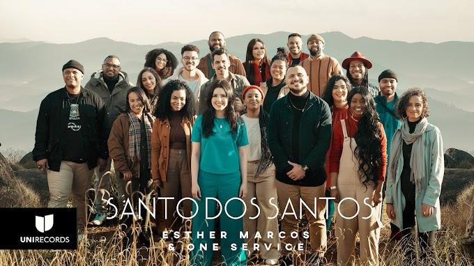 """Esther Marcos se derrama em adoração em seu novo single """"Santo dos Santos"""""""