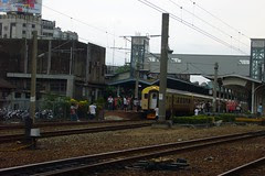 EMU100專列(1052C次)