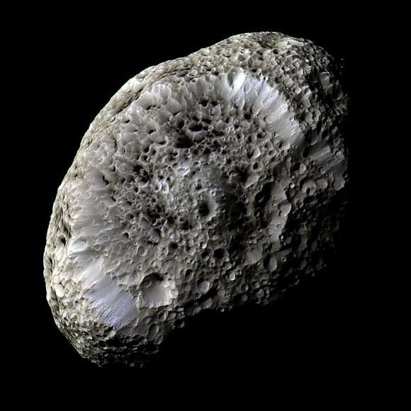Hyperion. NASA JPL