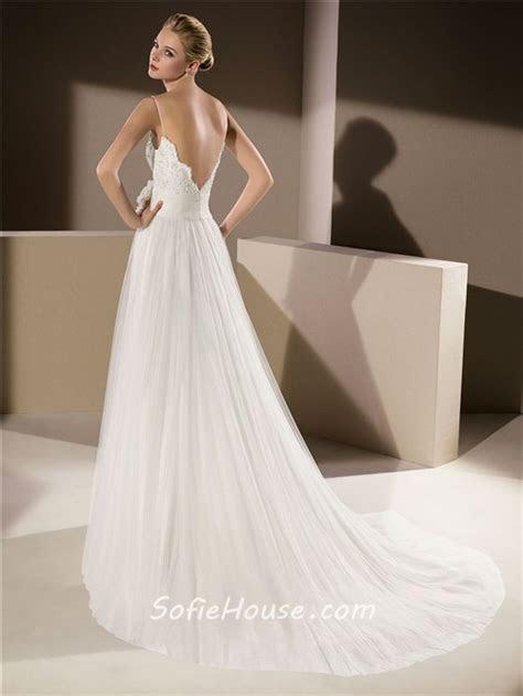 Elegant A Line Scalloped Neckline Low V Back Lace Tulle
