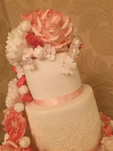 Floral swag Wedding cake   Mel's Amazing Cakes
