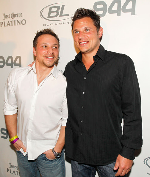 TV personality Drew Lachey and singer/TV personality Nick Lachey attend the Super Skins Kick Off Party at Hotel 944 featuring Snoop Dogg at The Eden Roc Renaissance Miami Beach on February 4, 2010 in Miami Beach, Florida.