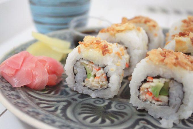 http://i402.photobucket.com/albums/pp103/Sushiina/inaheartsfood/sushi1_zps5eaf3c27.jpg