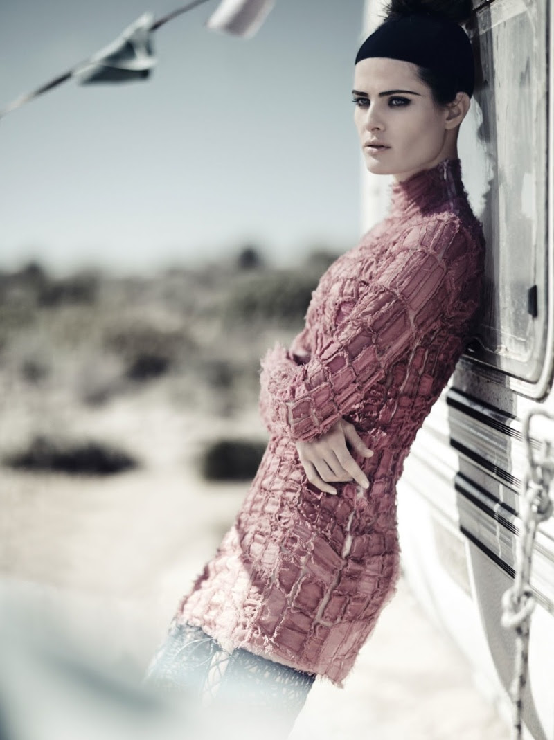 Isabeli Fontana By Boo George For Vogue China April 2014 - Desert Song