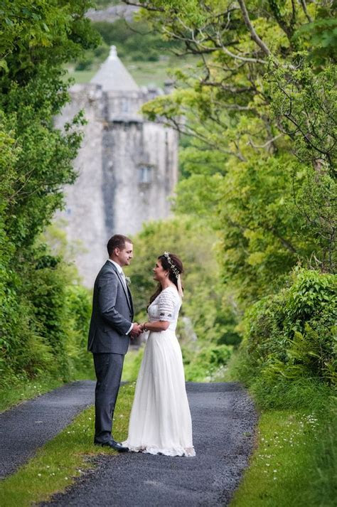 Irish wedding castle elopement. Ireland castle ceremony