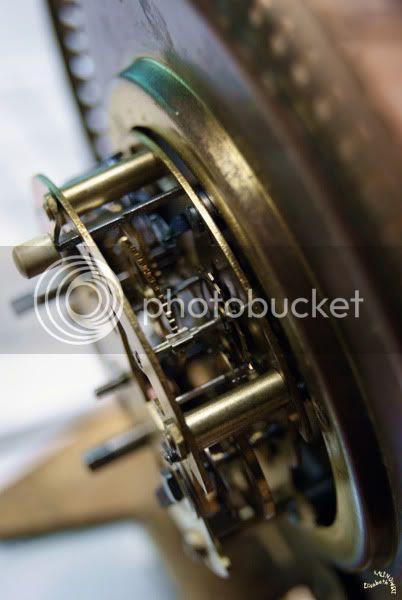 mécanisme vieux réveil rouages photo