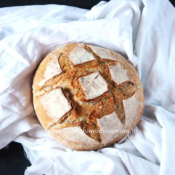 Pane mix di farine a lievitazione naturale