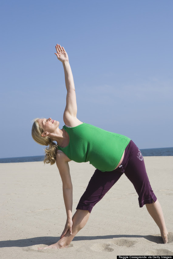 Fantastic Guidance : 5 Yoga Poses Every Pregnant Woman ...