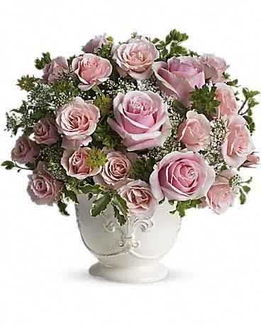 Teleflora S Parisian Pinks With Roses In Toronto On Verdi Florist