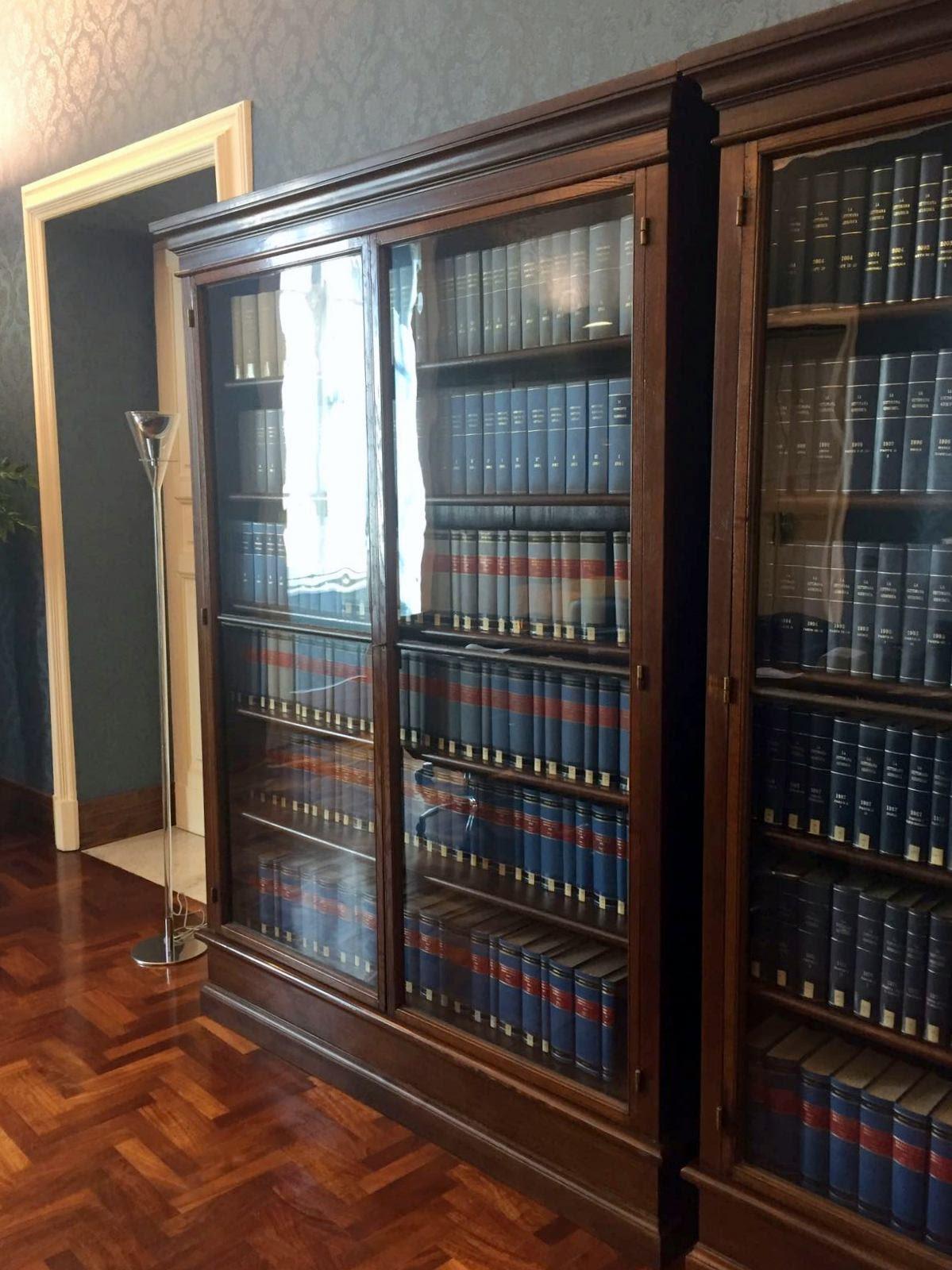 librerie su misura per studio legale milano