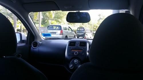 空港へのタクシー