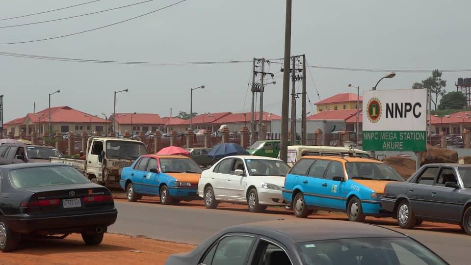 Queue at NNPC Mega Station in Akure