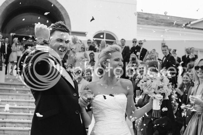 http://i892.photobucket.com/albums/ac125/lovemademedoit/welovepictures/ValDeVie_Wedding_023.jpg?t=1338384239