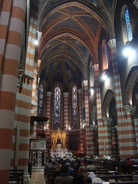 File:Intérieur église Santa Maria del Rosario in Prati.JPG