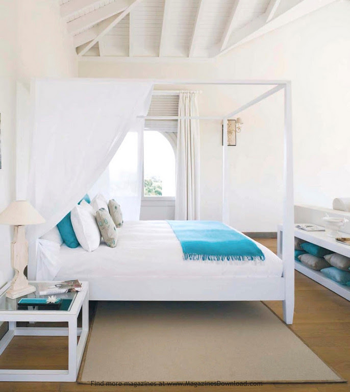 white-turquoise-bedroom-canopy-bed-beach-house-bedroom-