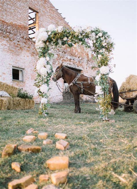 Natural,Boho Hippie Chic Wedding & Wild Flowers In Her
