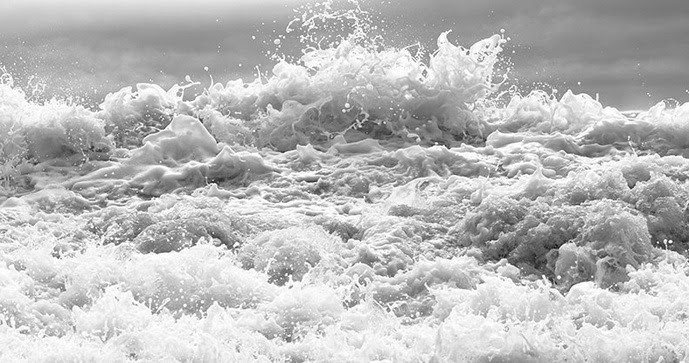 Clifford Ross - Hurricanes, 2009    I LOVE TO WATCH THE WAVES CRASHING AGAINST THE SHORE.