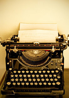http://images.oprah.com/omagazine/200808/images/200808_omag_vintage_typewriter_220x312.jpg