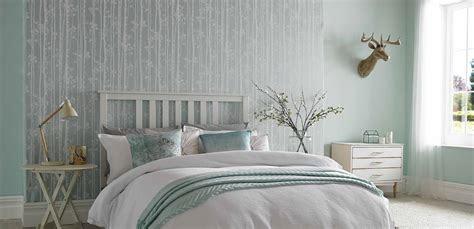 desain wallpaper kamar tidur warna cerah  ruangan