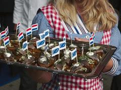 Haring snacks met MSC vlaggetjes / Herring sna...