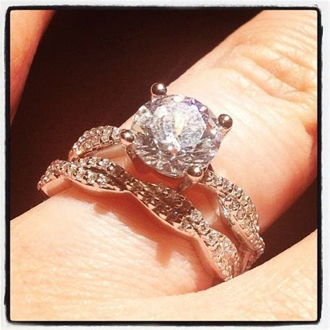 Twisted vine inspired #engagement ring and matching