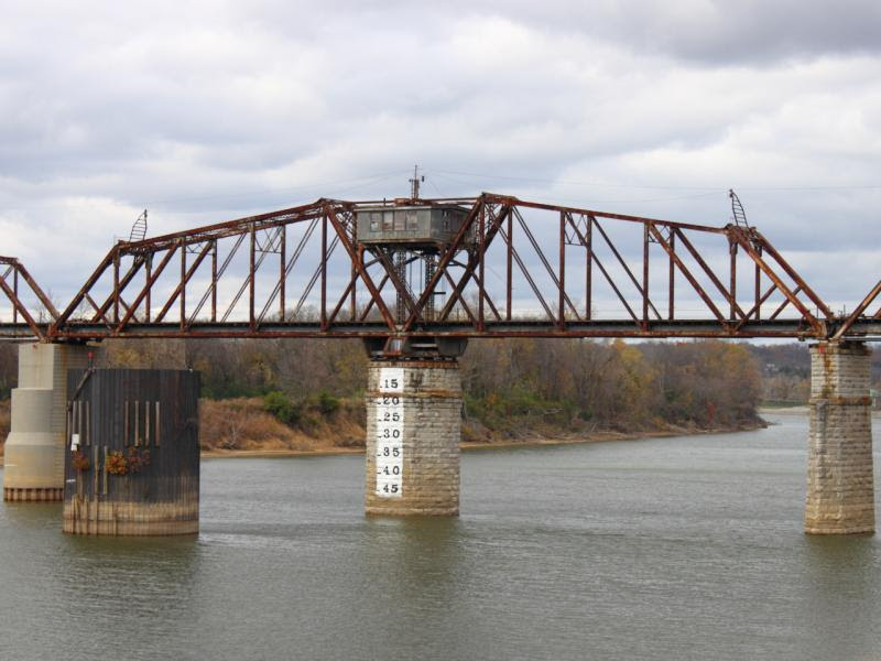 Swing Bridge in Clarksville Tennessee
