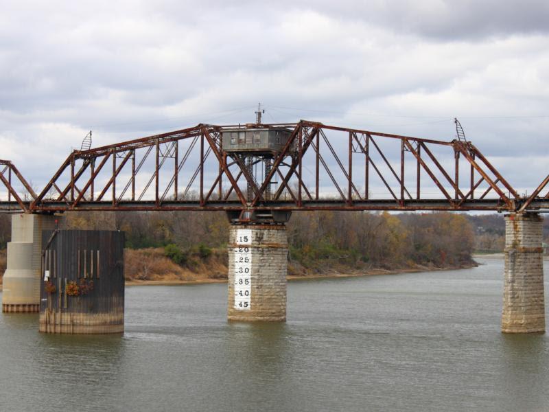Swing Bridge in Clarksville Tennessee