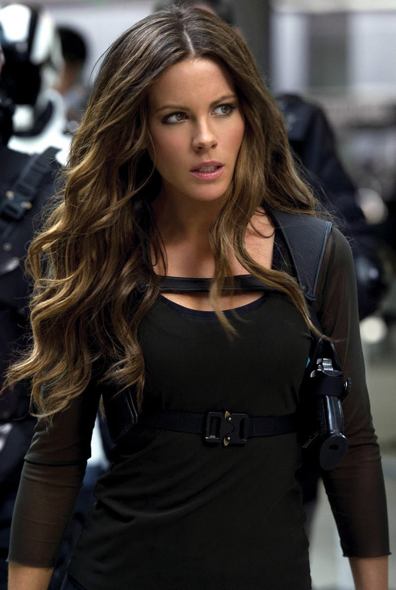 Kate Beckinsale Wallpaper Hd Wallpapers Zones