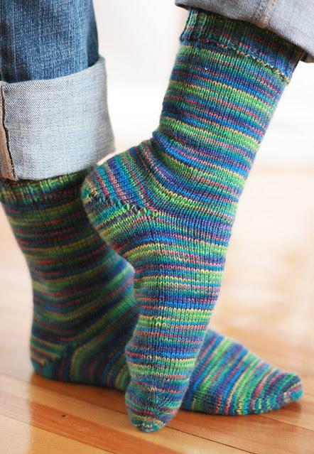 Plain toe-up socks