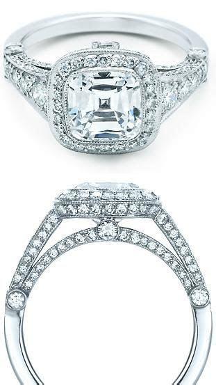 Julia's engagement ring. Gabriels Rapture by Sylvain